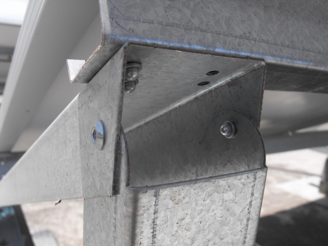 Rebite semi-estrutural stelock aço: Produto instalado